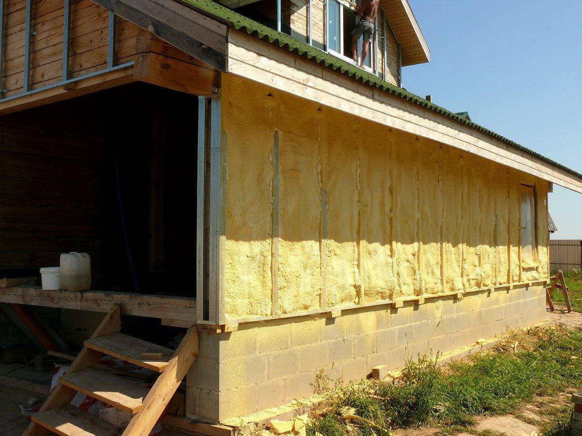 утепление стен дачного дома