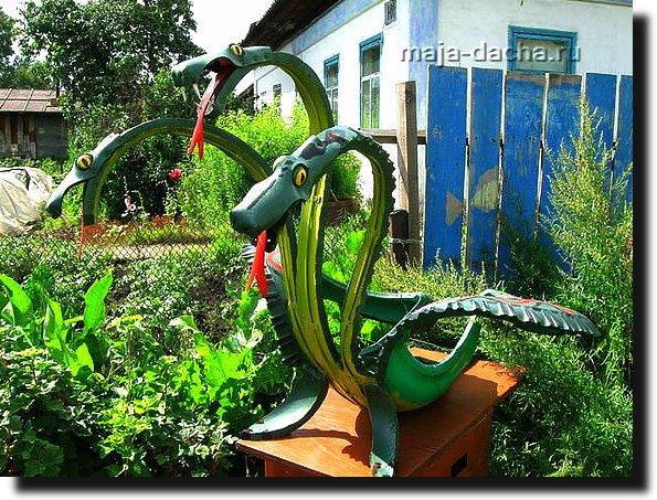 резиновый змей