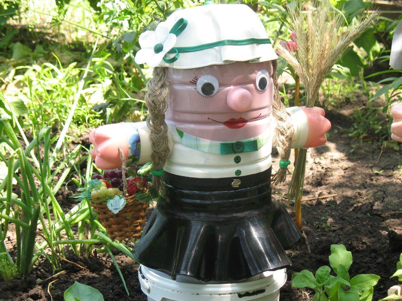 Садовые фигуры из пластиковых бутылок своими руками мк фото