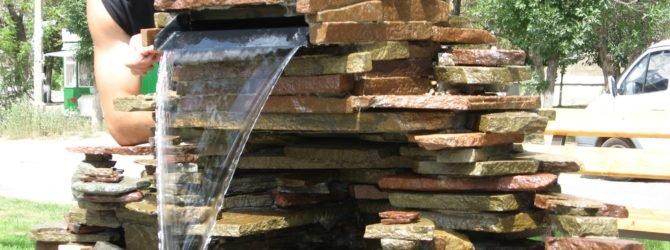 Каменный грот с водопадом на даче