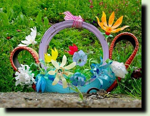 Пластиковые цветы для дачи своими руками фото 337
