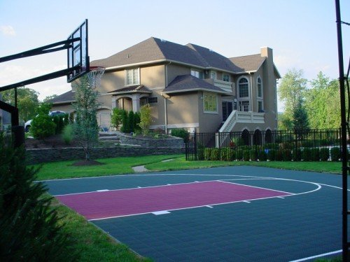 Площадка для баскетбола на даче