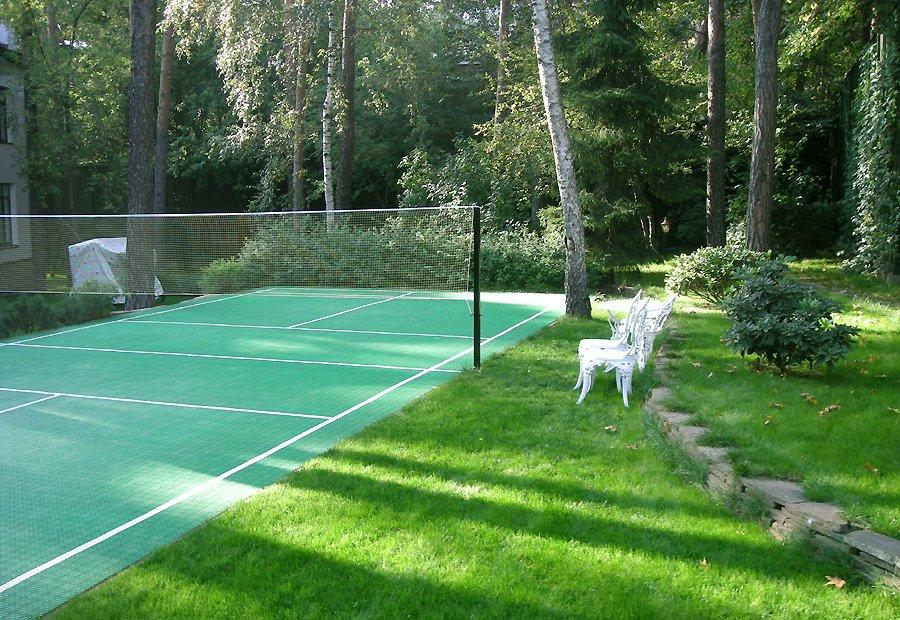 Волейбольная площадка на даче