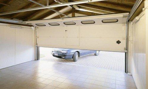 Ворота для гаража на даче