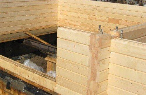 Строительство стен бани из бруса