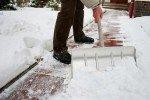 Расчистка дорожки от снега