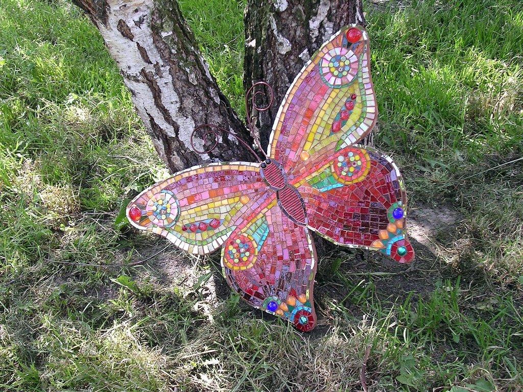 Бабочки для декора из подручных материалов