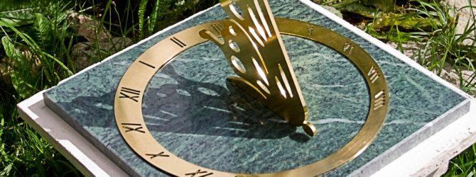Делаем солнечные часы