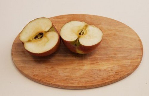 Яблоко сорта Орлик