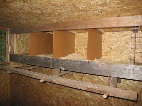 Изготовление гнезда для кур