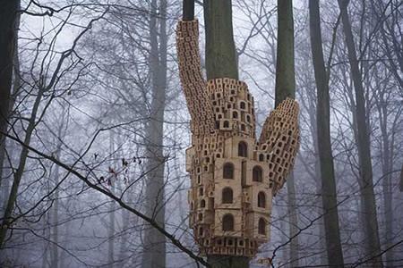 Скворечник из дерева