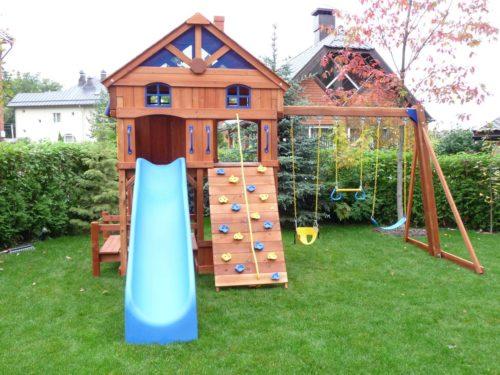 Детскаий игровой комплекс из дерева
