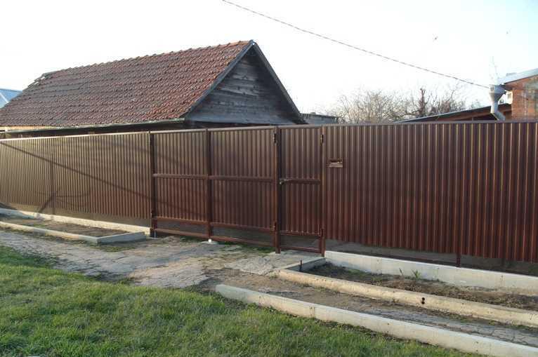 Забор из металлопрофиля с фото своими руками фото 660