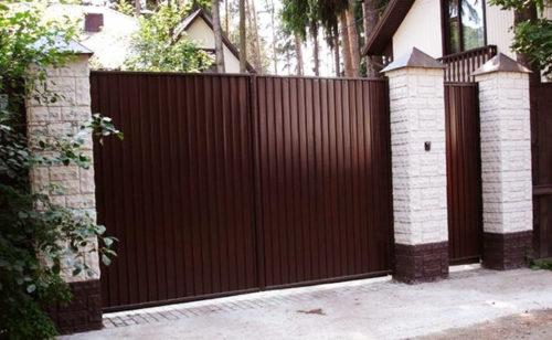 Ворота своими руками из профнастила