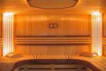 Сауна с вертикальной подсветкой