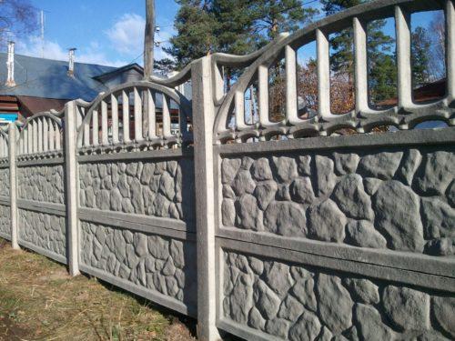 Бетонный забор из наборных панелей