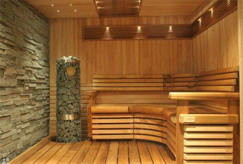 Просторная баня