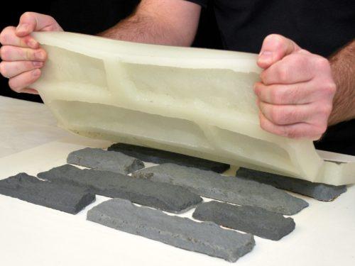 Выемка плиток из силиконовой формы