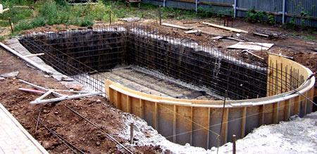 Строительство бассейна из бетона