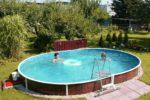 Ленточный бассейн овальной формы