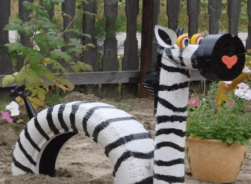 Фигурка зебры