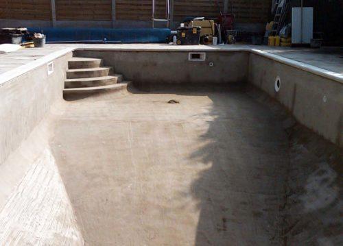 Монолитная бетонная чаша для бассейна