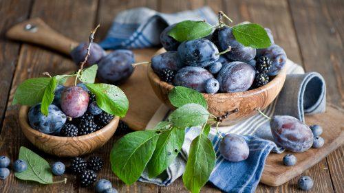 Плоды венгерки и ежевики