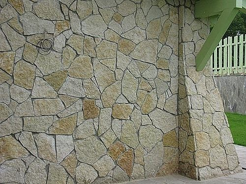 Песчаник как отделочный материал