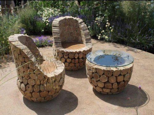 Эффектная мебель из поленьев