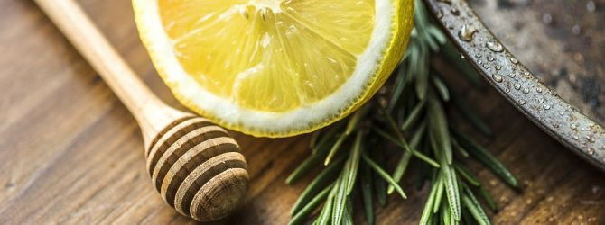 Лимон и розмарин